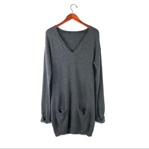 Theory dress knit long sleeve wool v Neck pockets